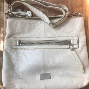 White leather fossil purse